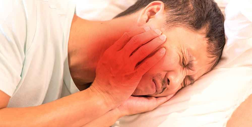 Many people who suffer with facial pain, jaw pain, and ear pain have a tough time differentiating  what syndrome they suffer from. With the advent of google it has become easy to become bombarded with too much info.